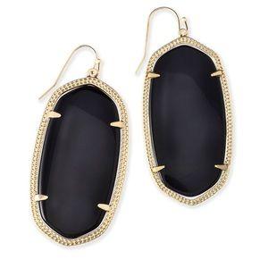 Kendra Scott black earrings!!